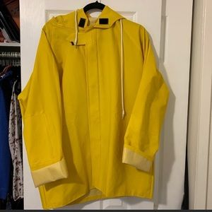 IT Georgie yellow rain coat